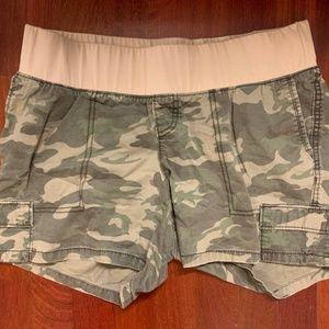 Old Navy Army Shorts Maternity Size 10